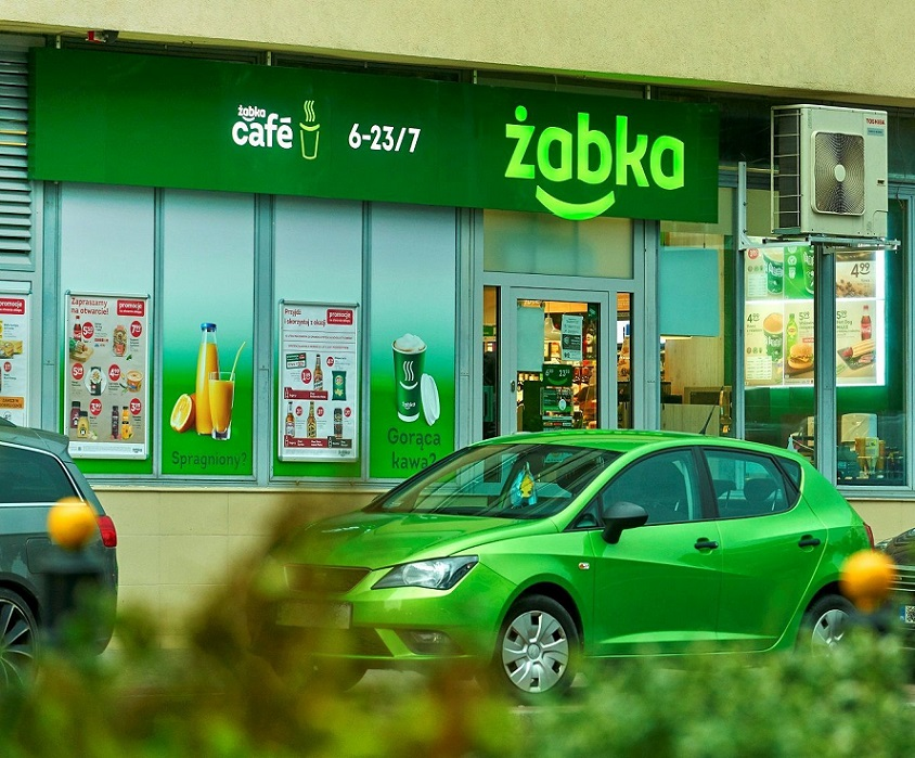 Zabka_Boya_Zelenskiego_retail_journal