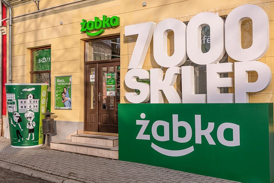 7000_żabka_Biecz_retail_journal