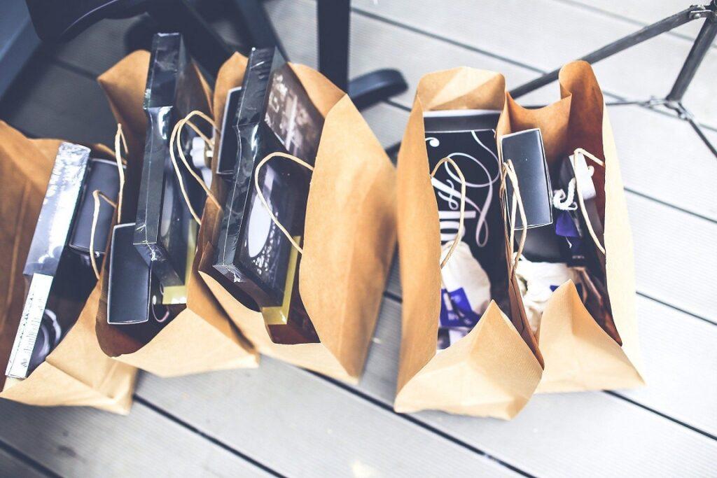 zakupy_ecommerce_centra_handlowe_badanie_park_handlowy_parki_handlowe